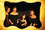 """2010 Kleine Riesen Gletscherspalten nach Fellinis """"Stadt der Frauen"""" mit Verena Steurer, Helga Raschner, Petra Hämmerle, Sarah Rössler"""