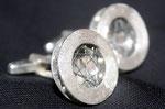 Geschwärztes Silberdrahtnetz im Ring