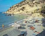 Rechte Seite des Hotelstrandes der Istron-Bay. Seit 1992 wird dieser Strand jährlich mit der begehrten Blue Flag ausgezeichnet