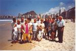 Gruppenbild am Strand von Copacabana