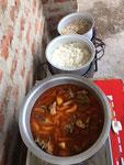 Fleischsauce und weisser Reis