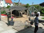 Der Spielgarten vom Integrativen Kindergarten. Hier wurde heute u. a. auch geschminkt