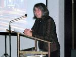 Die Moderatorin: Edith Spanier Zellmer