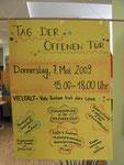 Info- und Begrüßungsplakat am Eingang zum Kindergarten
