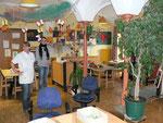 Es macht den Kindern Spaß, in den hellen, freundlich eingerichteten Räumen zu spielen und zu basteln