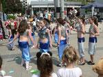 Die Tanzgruppe Kunitzky mit einem Bauchtanz