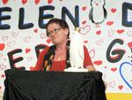 Auch die Bürgermeisterin Frau Schäfer, früher selbst an dieser Schule als Lehrerin tätig, hebt die gute Zusammenarbeit mit der Stadt hervor