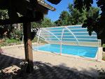 La piscine vue du Pool-house