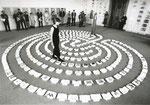 Labyrinth-Zeichen-Wort. Performance, 1997