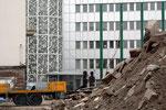 Auf dem Spaeter-Gelände türmt sich mittlerweile der Bauschutt