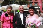 Karin Kolb dankt dem Ehepaar Karl-Heinz und Christa Wundsam für ihren Auftritt.