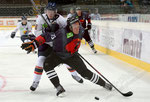 Linus Arnesson (L,Djurgarden) gegen Mikko Lehtonen (Bern)