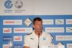 Trainer Michael Skibbe (GCZ) im Medienraum nach Spielschluss
