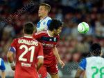 Amir Abrashi (L,GCZ) gegen Milan Bisevic (Lyon)