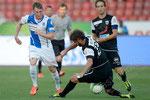 Izet Hajrovic (L,GCZ) gegen Juan Pablo Garat (Aarau)
