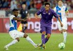 Nzuzi Toko (L,GCZ) gegen Alberto Aquilani (Fiorentina)
