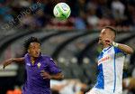 Juan Cuadrado (L,Fiorentina) gegen Daniel Pavlovic (GCZ)