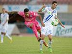 Alves dos Santos Caio (L,GCZ) gegen Miha Mevlja (Lausanne) - Foto im Tagesanzeiger