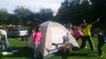 みんなでテントたてました~