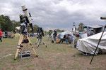 im Vordergrund die GM 2000 mit Takahashi Teleskope