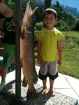 Der Junge misst 193 cm :-)
