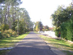 Route de la Burle, die kleine Strasse vor dem Haus.