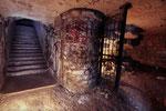 Escalier et salle des radios