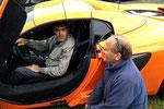 Grégory Galiffi, le présentateur de Direct Auto, en pleine conversation avec Alain Annon. Deux fins connaisseurs de l'automobile.