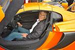 Le Président du Nord Creusekistan - Jean-Paul Renvoizé - n'a, évidemment, pas pu résister à s'installer dans la McLaren 650S...