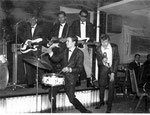 LES CHIMES -  Essen (1963) vlnr: Jimmy Pelt - Huib Liauw - Hans de Wekker - Hans Ramakers van Praag - Adje Roos
