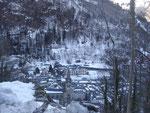 Le village vu des anciens thermes de Pauze