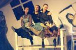 """1995/96 Chava in """"Anatevka"""" mit Sabine Waibel und Doris Lang"""