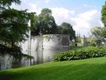 Parkanlage an der Stadtmauer (Foto: Wolfgang Voigt)