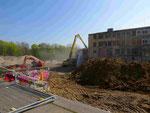 Blick von der Theodor-Seipp-Straße in die Baugrube