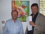 Prof. Blaha und Organisator Franz Krispel, mit Schwein von Hans Wilhelm