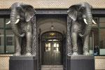 Eingang Afrika-Haus Hamburg