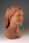 Tête de femme, terre cuite de Paule Bisman, coll. privée