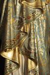 Vierge à l'Enfant, détail du manteau ; Anseremme, église