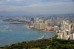 Blick auf Waikiki Beach vom Diamond Head