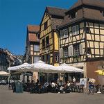 Colmar Place mit Café
