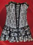 Corsagenkleid mit String, neu mit Fehler, Gr. L, variabel durch Rü-schnürung hinten, vorn Zierschnürung, bequem anzuziehen durch seitl. Reißverschluss, 12 Stäbchen fürdie perfekte Passform, zweilagig: glänzender Satin und schwarze Spitze - 12 €