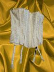 Weiße Spitzencorsage der Marke Empire Intimates, abnehmbare Strumpfhalter, figurformend durch elastische Stäbchen - neu ohne Etikett - 14,50 €