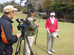 BSフジ『厳選!ゴルフコースNAVI』の番組中で、女子プロがボイスキャディ3をお使い頂きながら番組撮影が進行されました♪