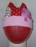 Krönchen Mütze aus kunterbunten Jerseyresten fürs Käferchen