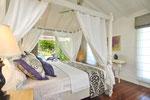 """""""Baldaquin"""" bedroom"""