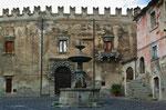 Bussi sul Tirino, la fontana e il castello