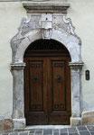 Bussi sul Tirino, portale