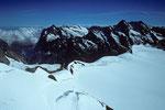 Wetterhorn 3692 m, Schreckhorn 4078 m und Lauteraarhorn 4042 m