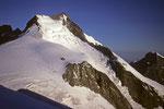 Piz Bernina  4049 m von Osten im Morgenlicht
