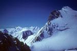 Dom 4545 m mit seiner eisgepanzerten Nordflanke